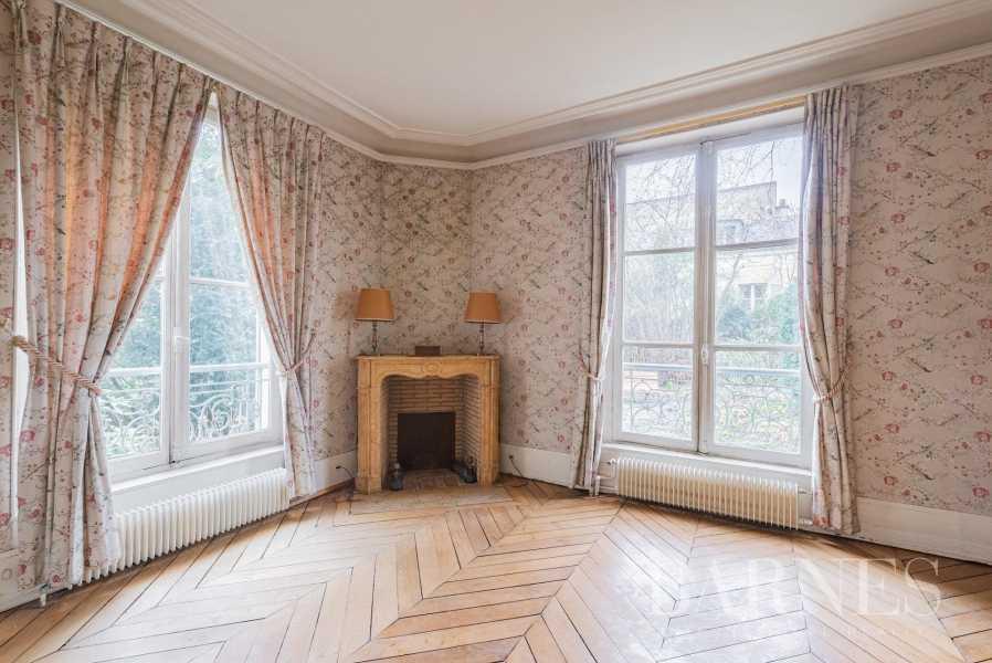 Versailles  - Maison 8 Pièces 5 Chambres