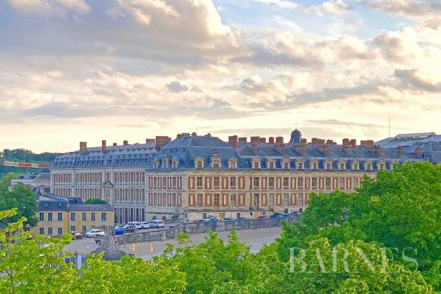 Versailles  - Piso 6 Cuartos