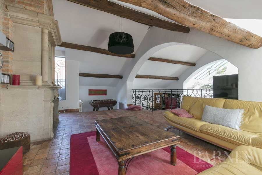 Le Mesnil-le-Roi  - House 4 Bedrooms