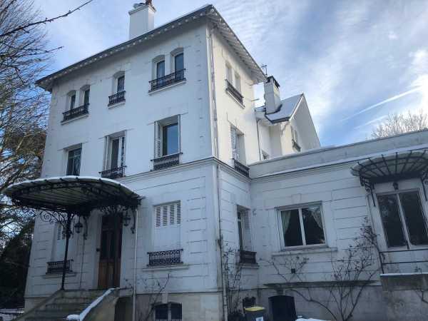Property, Croissy-sur-Seine - Ref 2592882
