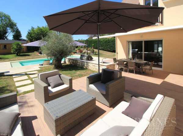 House Villennes-sur-Seine  -  ref 2709408 (picture 1)