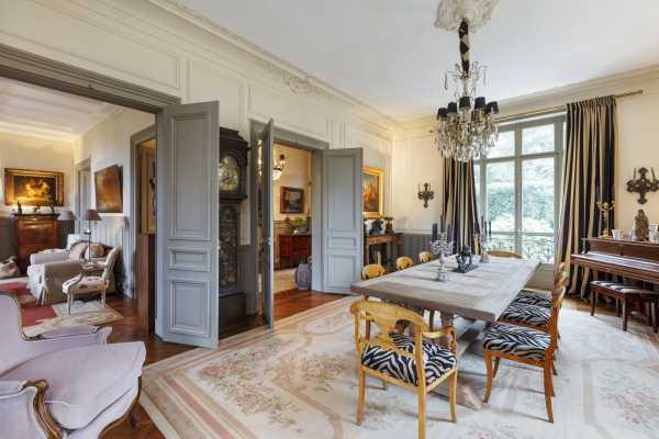 House Versailles - Ref 2595204