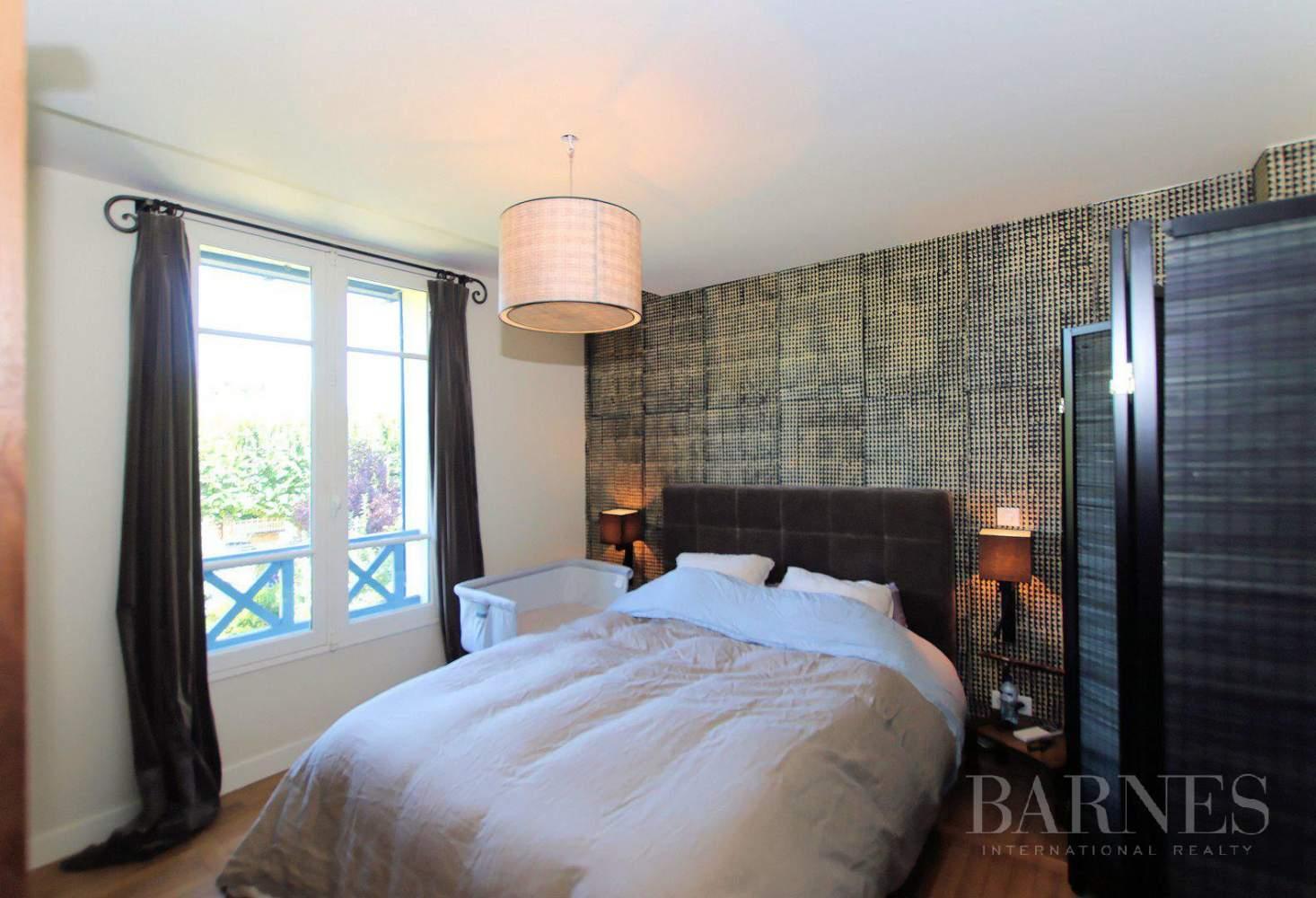HOUSE FOR SALE - ILE DE MIGNEAUX - POISSY - 4 BEDROOMS - POOL picture 6