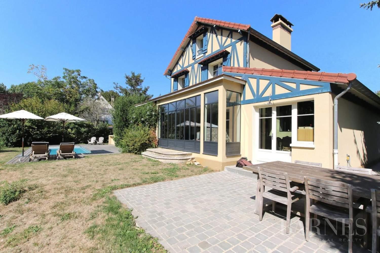 HOUSE FOR SALE - ILE DE MIGNEAUX - POISSY - 4 BEDROOMS - POOL picture 1