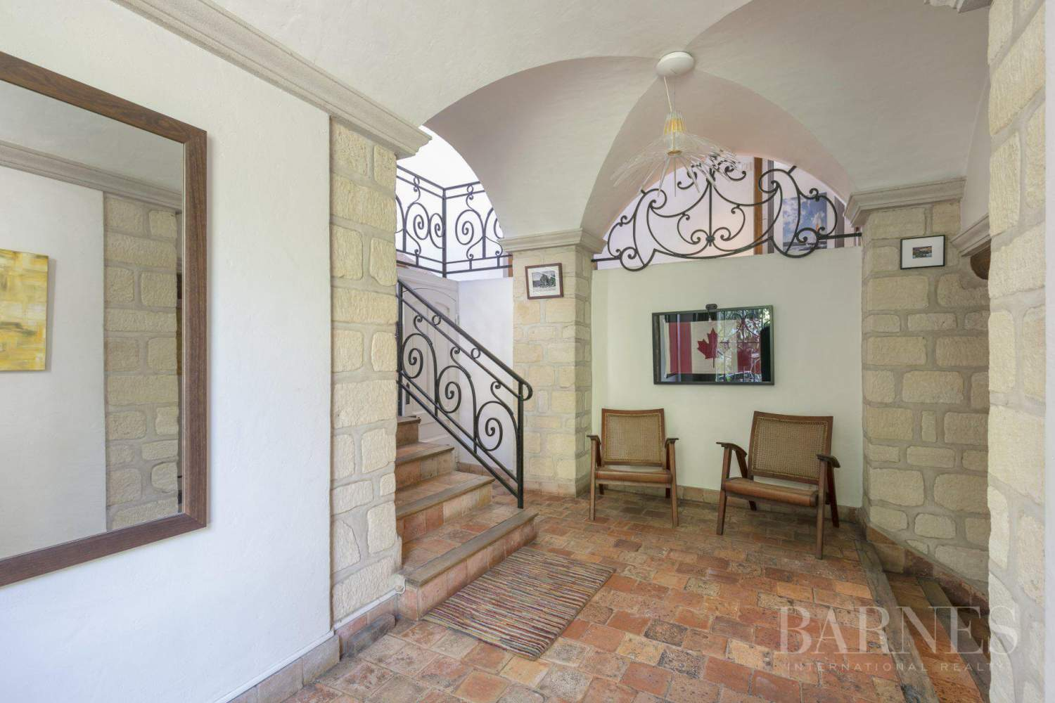 Le Mesnil-le-Roi  - House 4 Bedrooms - picture 8