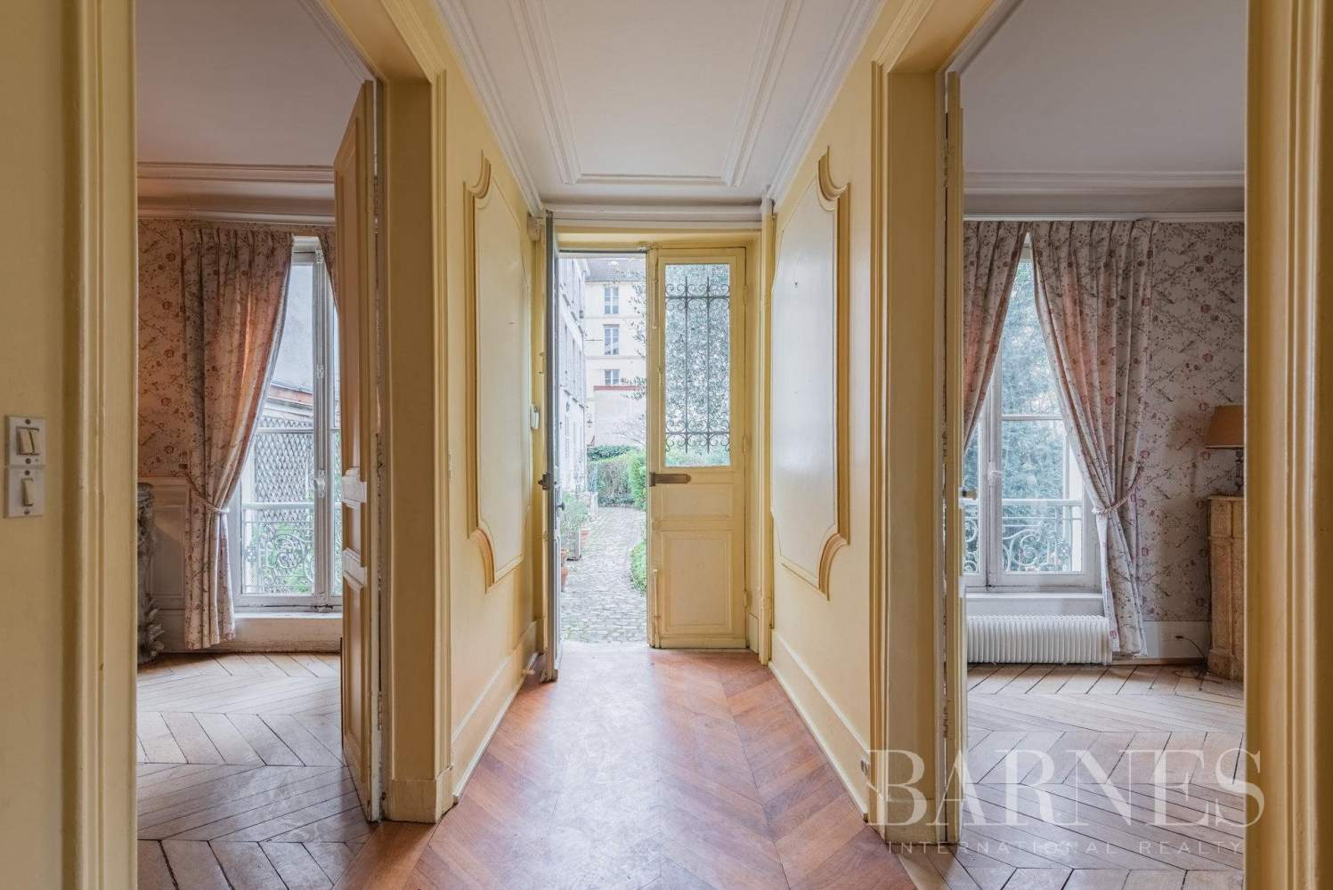 Versailles  - Maison 8 Pièces 5 Chambres - picture 6