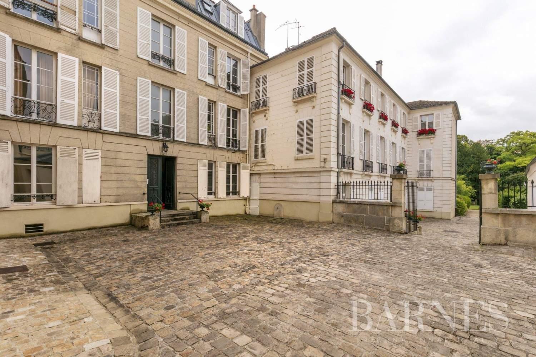 Saint-Germain-en-Laye  - Appartement 5 Pièces 3 Chambres - picture 12