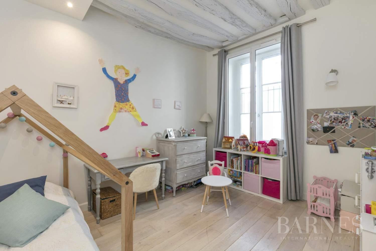 Saint-Germain-en-Laye  - Piso 7 Cuartos 4 Habitaciones - picture 11