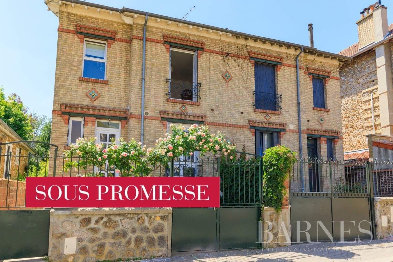 Versailles  - Maison 6 Pièces 4 Chambres - picture 1