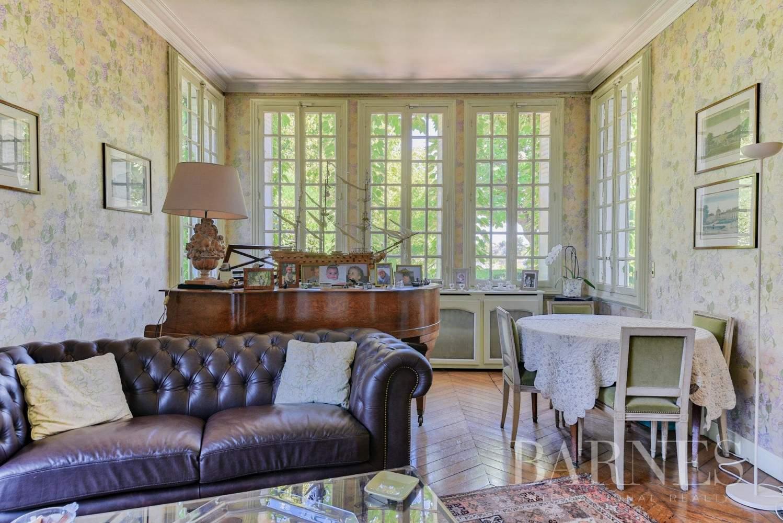 Saint-Germain-en-Laye  - Maison 11 Pièces - picture 17
