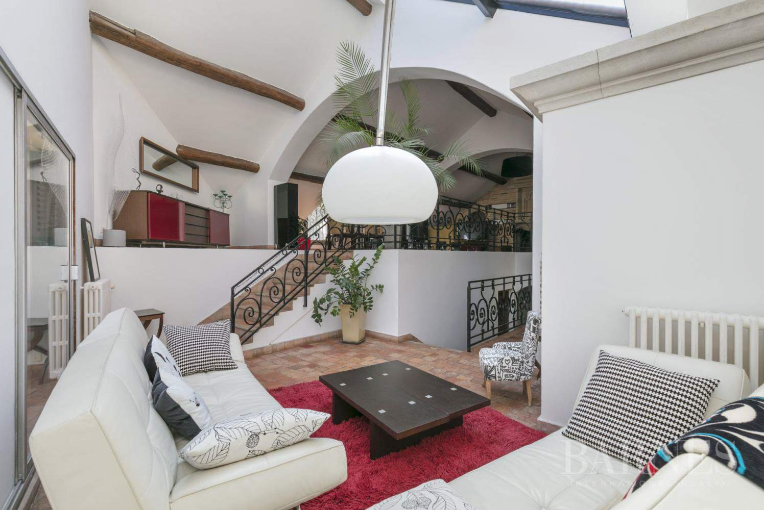 Le Mesnil-le-Roi  - House 4 Bedrooms - picture 3