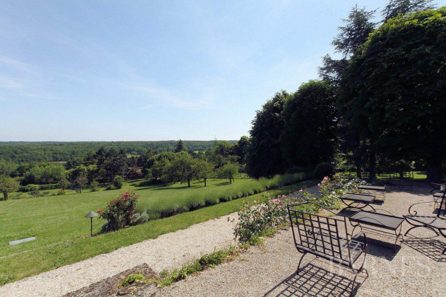 .HOUSE FOR SALE- CHAMBOURCY- NEAR GOLF COURSE JOYENVAL picture 10