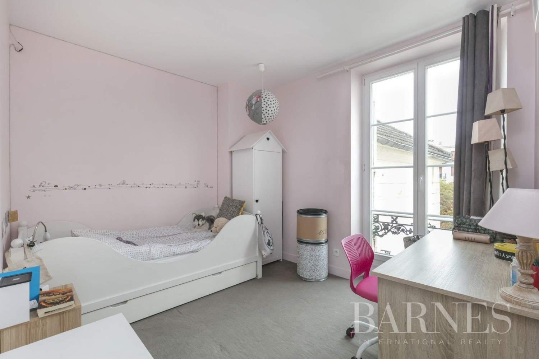 Saint-Germain-en-Laye  - Appartement 5 Pièces 3 Chambres - picture 11