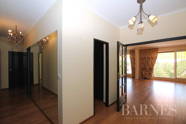 Saint-Germain-en-Laye  - Appartement 6 Pièces 4 Chambres - picture 2