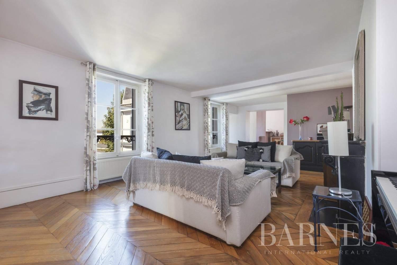 Saint-Germain-en-Laye  - Appartement 9 Pièces 6 Chambres - picture 1