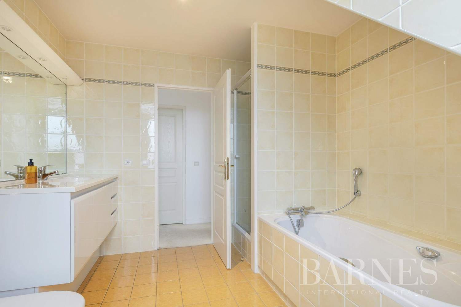 Chambourcy  - House 5 Bedrooms - picture 18