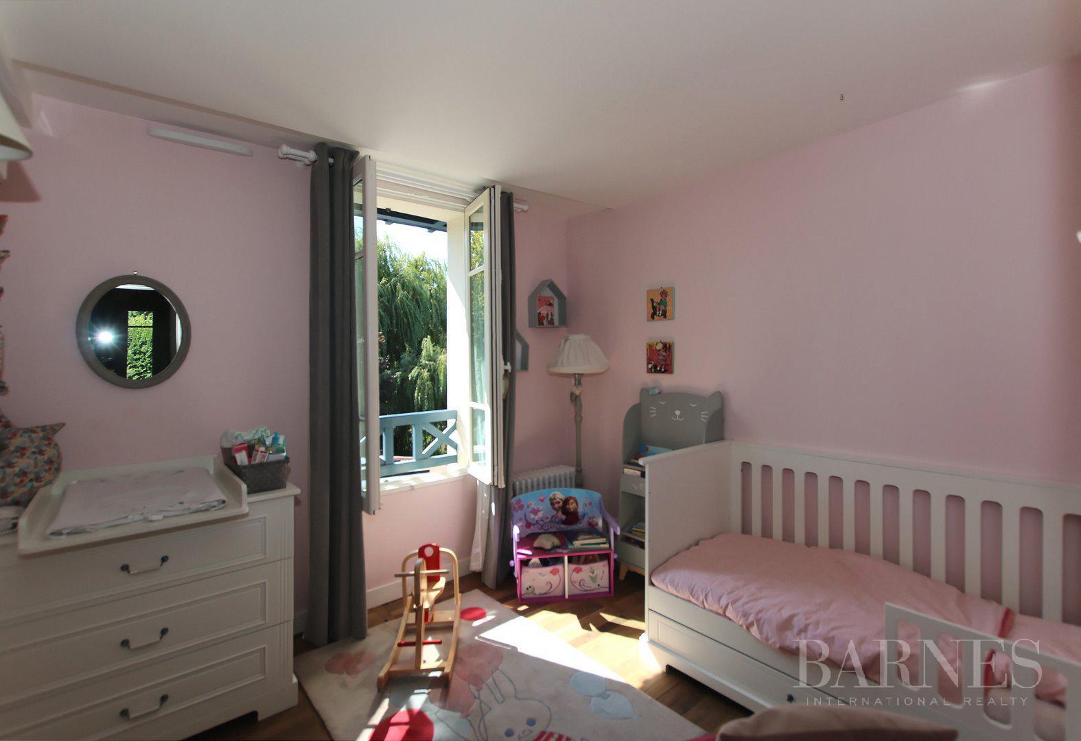 HOUSE FOR SALE - ILE DE MIGNEAUX - POISSY - 4 BEDROOMS - POOL picture 14