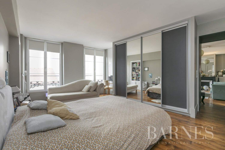 Saint-Germain-en-Laye  - Appartement 5 Pièces 3 Chambres - picture 8