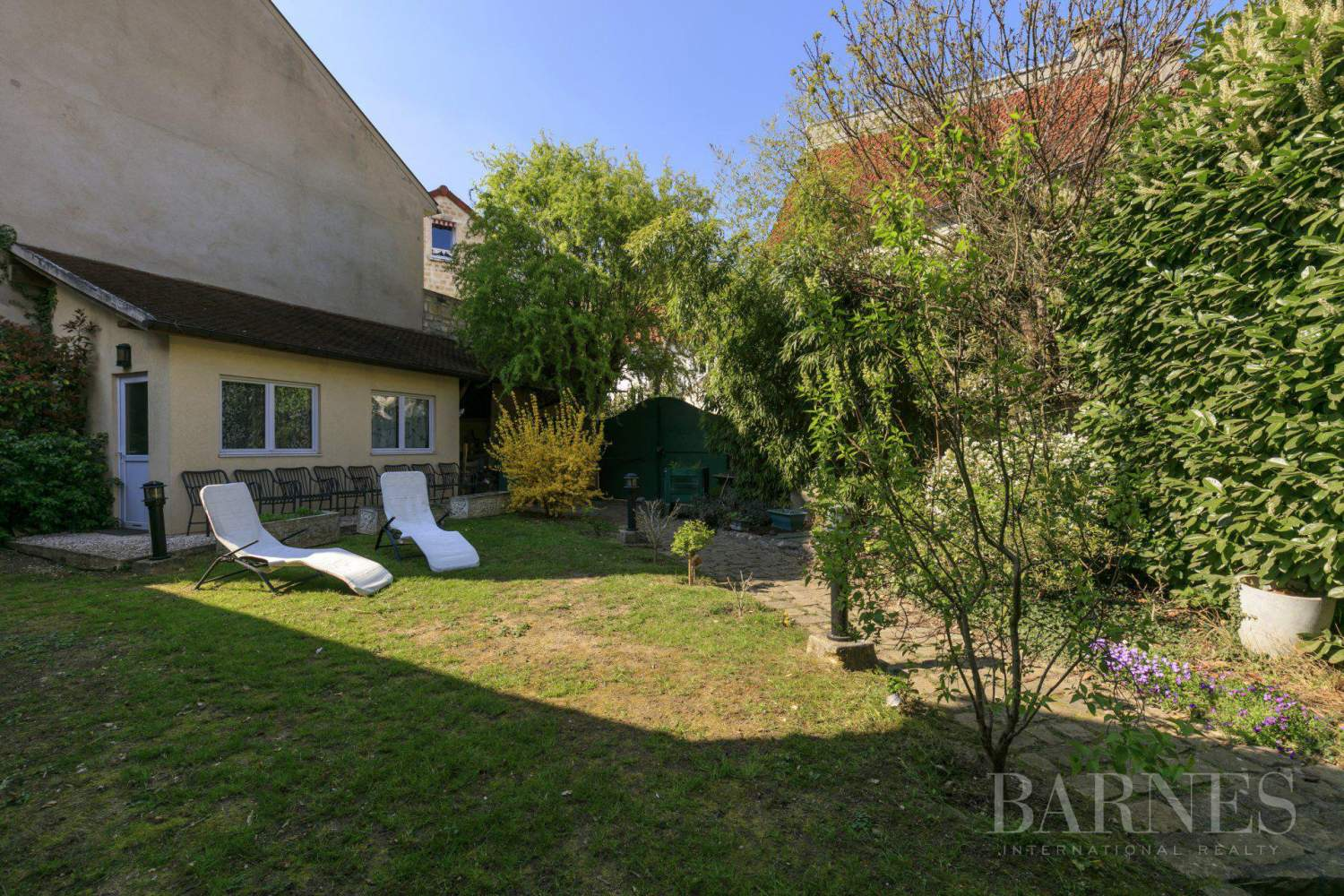 Le Mesnil-le-Roi  - House 4 Bedrooms - picture 5