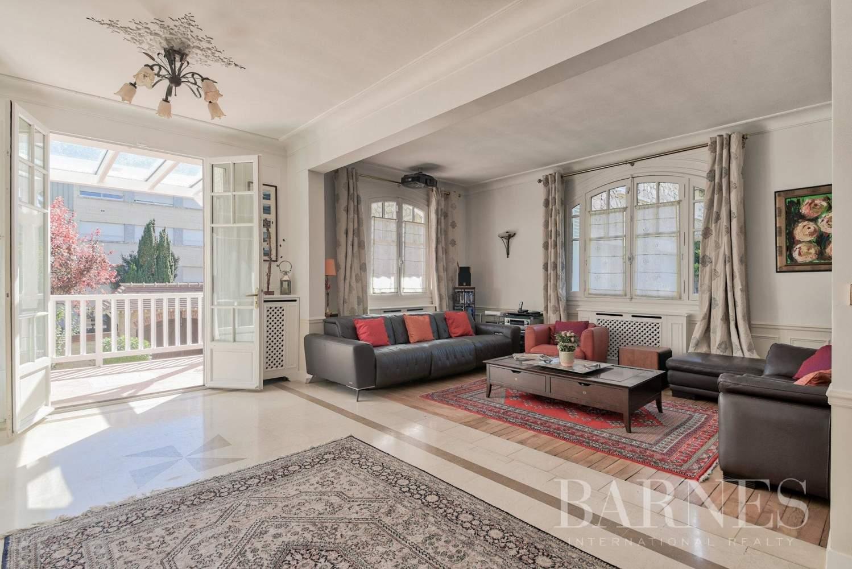 Saint-Germain-en-Laye  - Villa 5 Bedrooms - picture 2