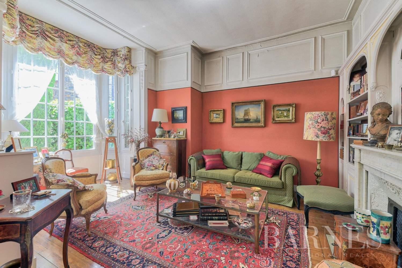 Saint-Germain-en-Laye  - Maison 11 Pièces - picture 4
