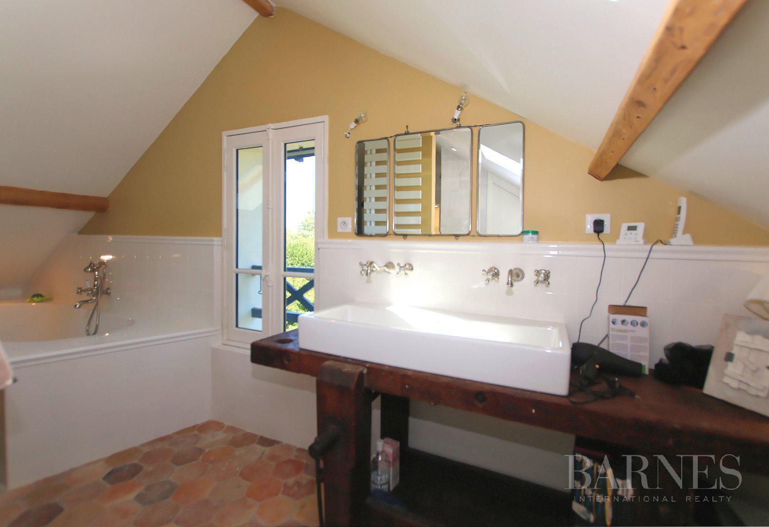 HOUSE FOR SALE - ILE DE MIGNEAUX - POISSY - 4 BEDROOMS - POOL picture 17