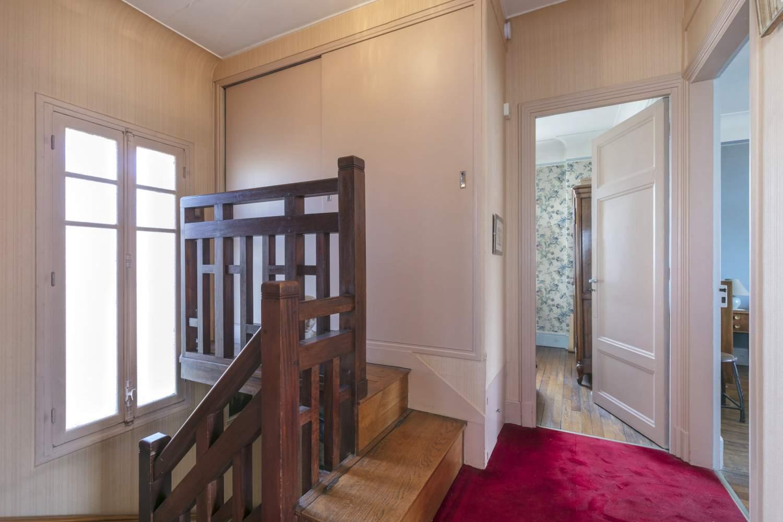 Saint-Germain-en-Laye  - Maison 5 Pièces 3 Chambres - picture 12