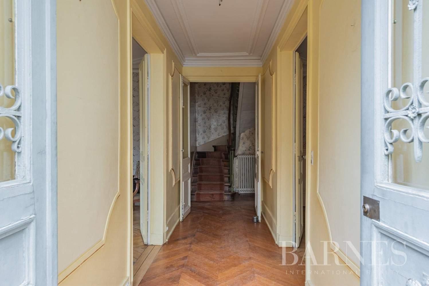 Versailles  - Maison 8 Pièces 5 Chambres - picture 7