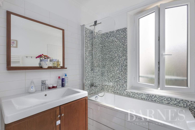 Saint-Germain-en-Laye  - Appartement 3 Pièces 2 Chambres - picture 9