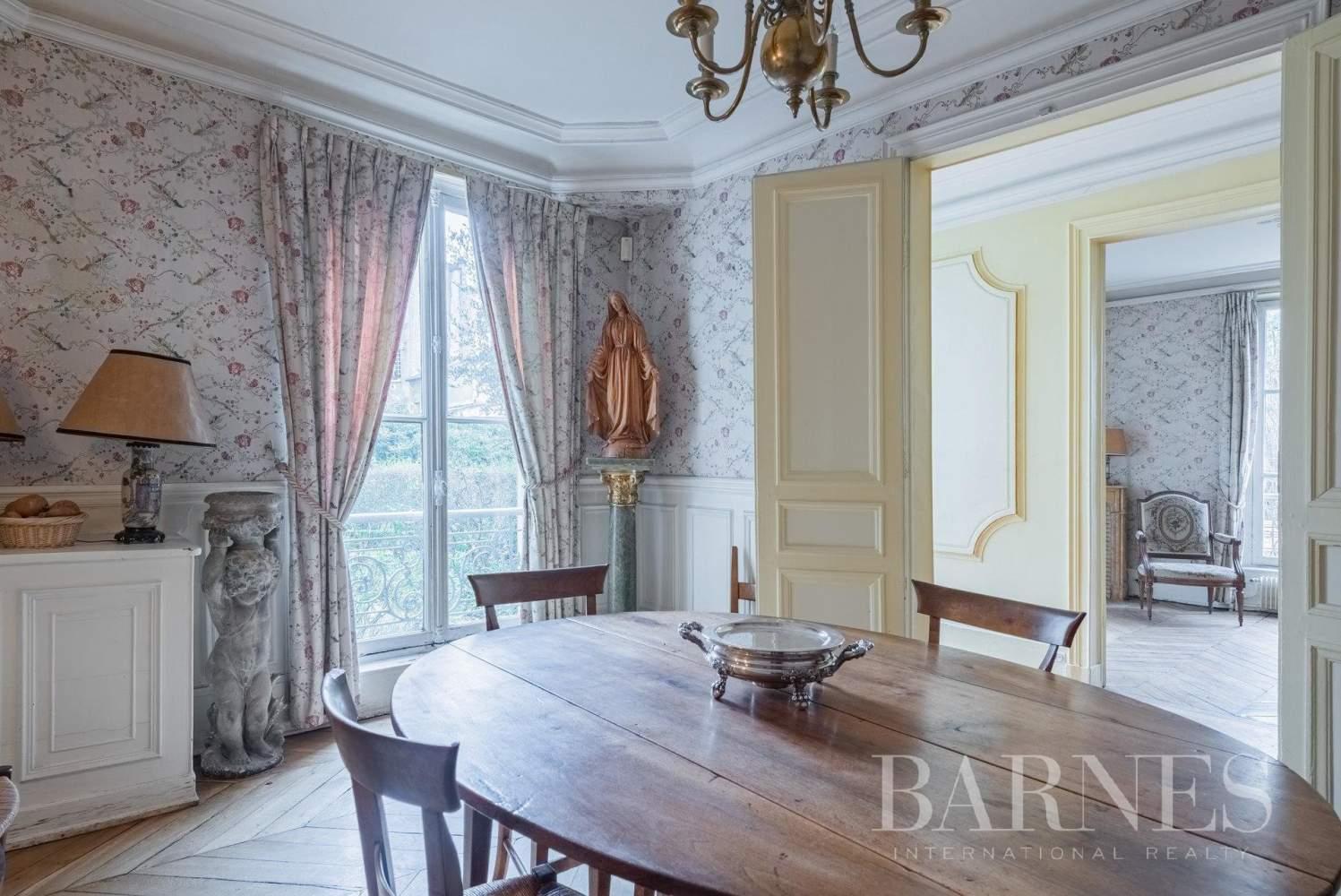 Versailles  - Maison 8 Pièces 5 Chambres - picture 5