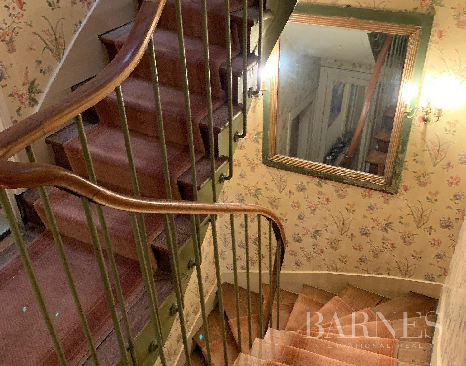Versailles  - Maison 8 Pièces 5 Chambres - picture 9