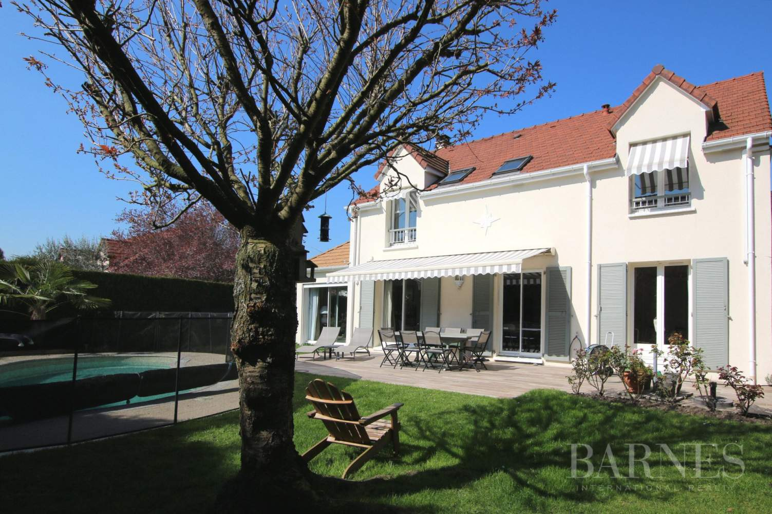 Morainvilliers  - House 4 Bedrooms - picture 1
