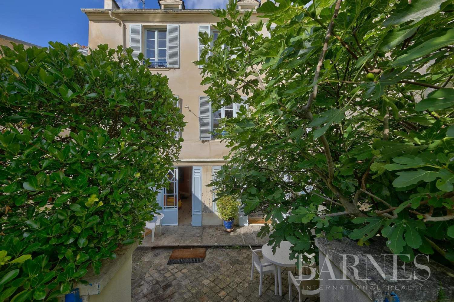 Versailles  - House 7 Bedrooms - picture 10