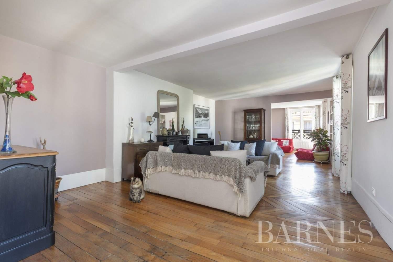 Saint-Germain-en-Laye  - Appartement 9 Pièces 6 Chambres - picture 8