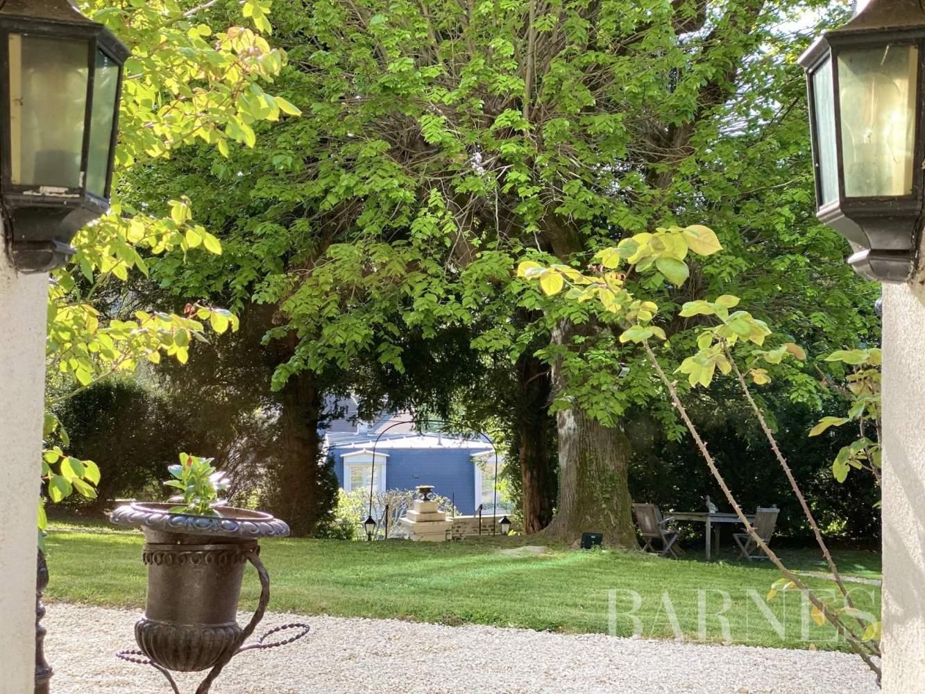 Bougival  - Maison 9 Pièces 5 Chambres - picture 6
