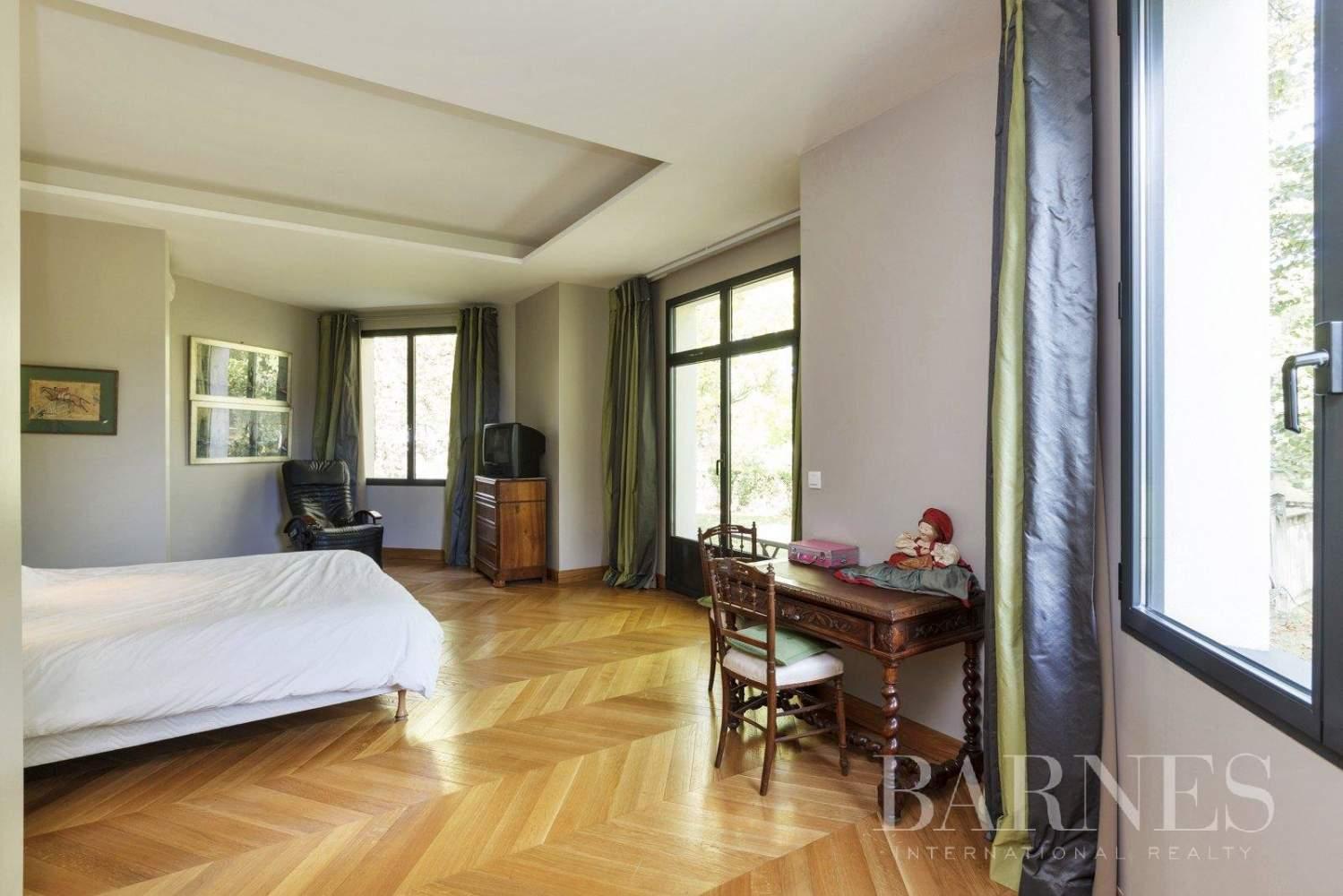 Le Vésinet  - House 5 Bedrooms - picture 9