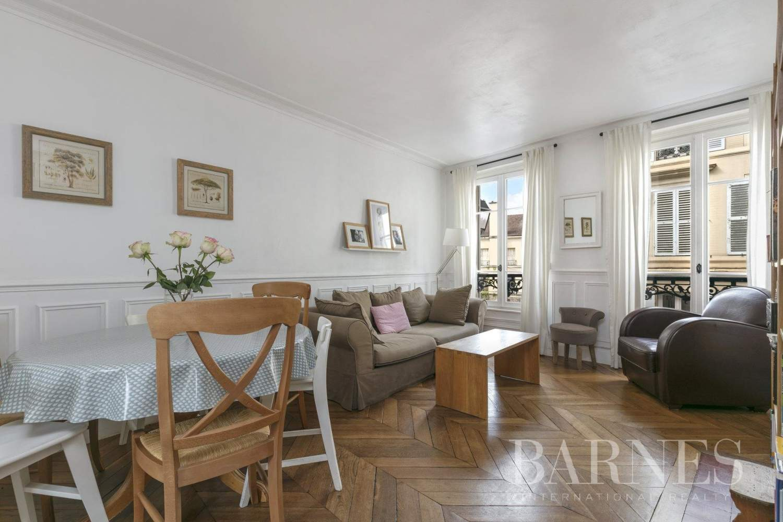 Saint-Germain-en-Laye  - Appartement 3 Pièces 2 Chambres - picture 1