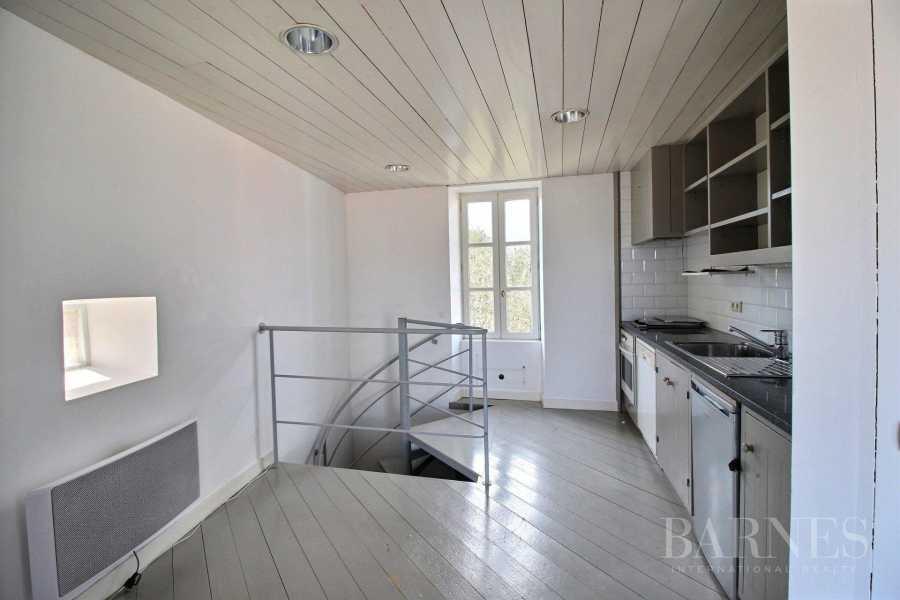 ST CLEMENT DES BALEINES  - Maison 12 Pièces 5 Chambres