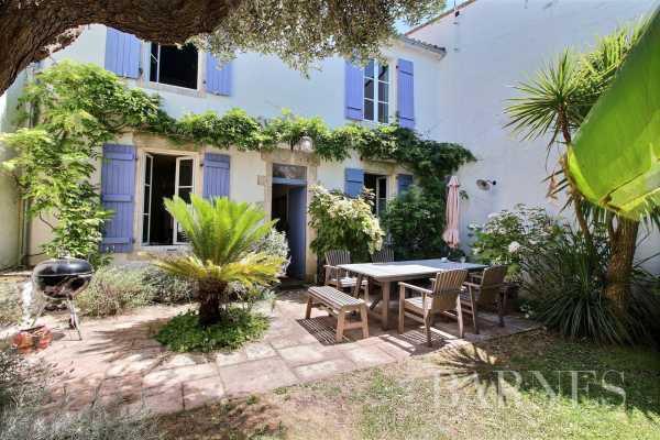 Maison de village Sainte-Marie-de-Ré  -  ref 3934256 (picture 1)