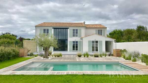 Casa LA FLOTTE - Ref 2702580