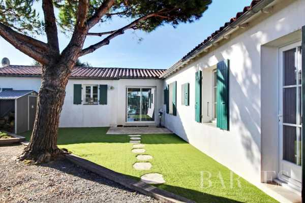 Maison Le Bois-Plage-en-Ré  -  ref 6059383 (picture 1)