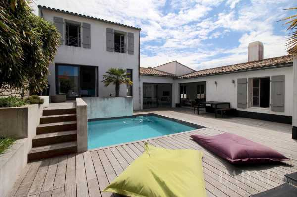 Casa LA FLOTTE - Ref 2702514
