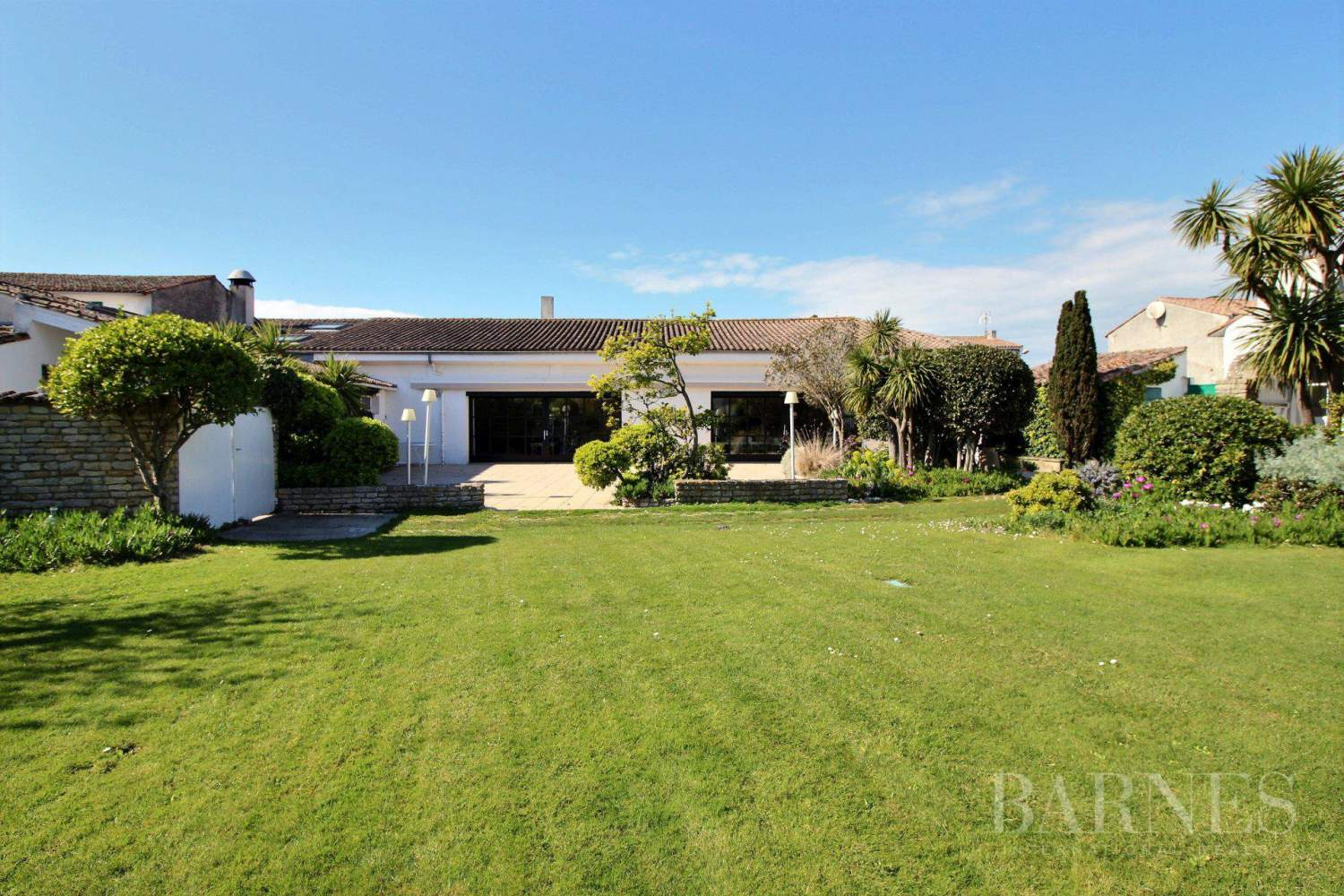 ST CLEMENT DES BALEINES  - House 5 Bedrooms - picture 1