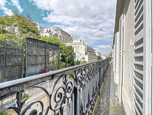 Appartement Paris 75016  -  ref 2765837 (picture 2)