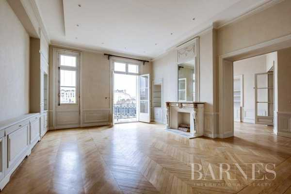 Appartement Paris 75016  -  ref 2766493 (picture 1)