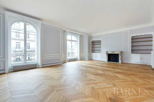 Appartement Paris 75016  -  ref 2767673 (picture 2)