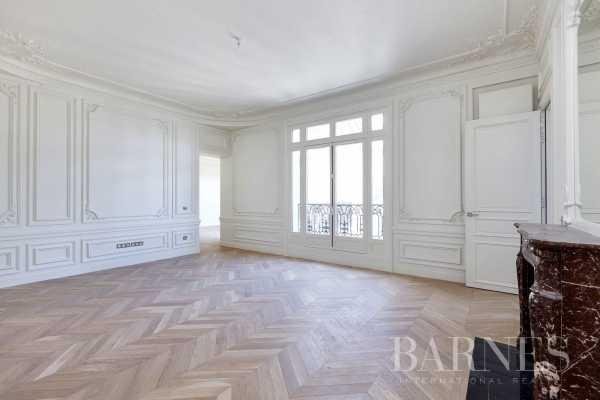 Appartement Paris 75016  -  ref 2767776 (picture 2)