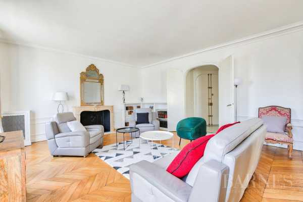 Apartment Paris 75016  -  ref 2859556 (picture 2)