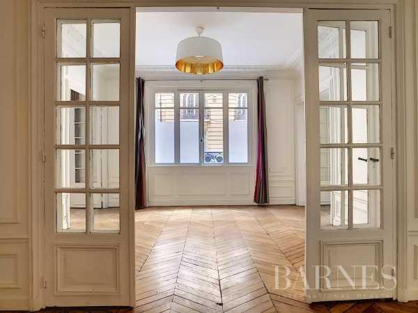 Appartement Paris 75016  -  ref 4841836 (picture 2)