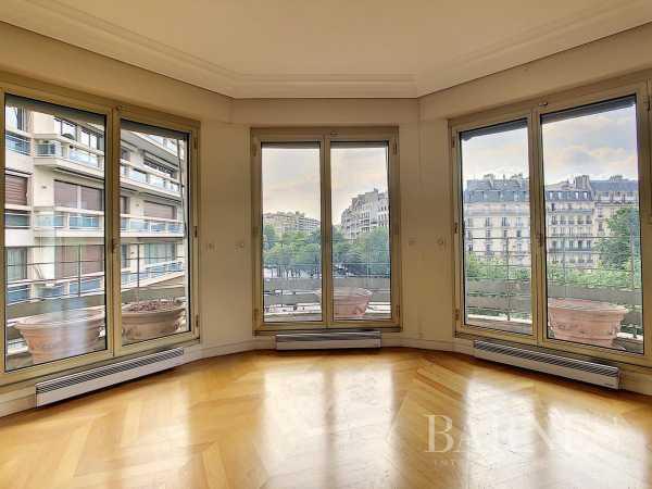 Appartement Paris 75016  -  ref 5763771 (picture 3)